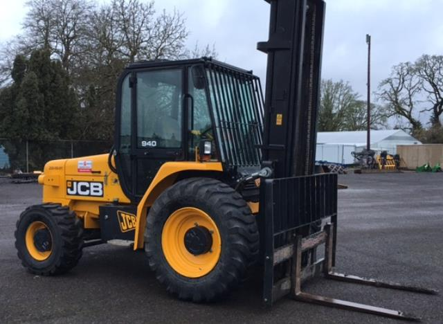 Where to find Forklift Straight Mast 8000  22  4X4 in Portland